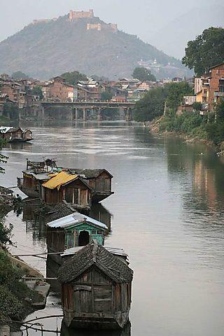 Youarehere__1185810960_jhelum-river